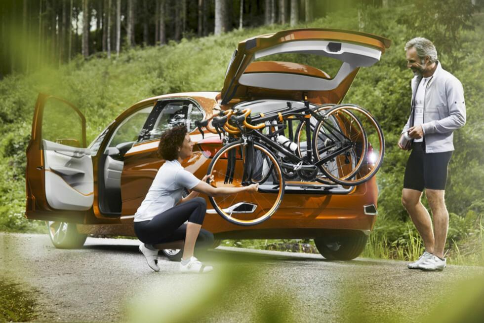 Sport Slik ønsker BMW at bileierne skal fremstilles. Trolig blir det barnefamiliene med litt god råd som kommer til å velge den. Foto:  BMW