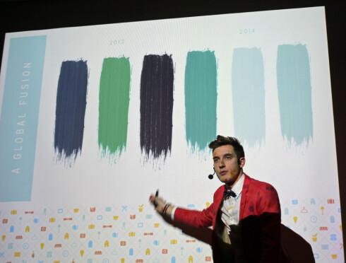 Blogger og fargeinspirator Will Taylor viser her frem årets farger sett fra internasjonalt, amerikansk og norsk perspektiv (f.v.) Foto: Elisabeth Dalseg