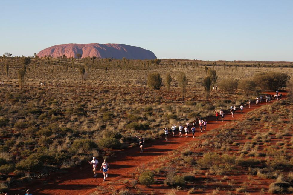 SPARSOMT MED FOLK: Maratonet foregår på privat grunn langt ute i ødemarken, så det er ikke mange tilskuere.  Foto: Aller Forlag