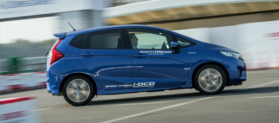 Jazz blir å få som hybrid, elbil, eller med ordinær forbrenningsmotor. Du velger.  Foto: James Lipman