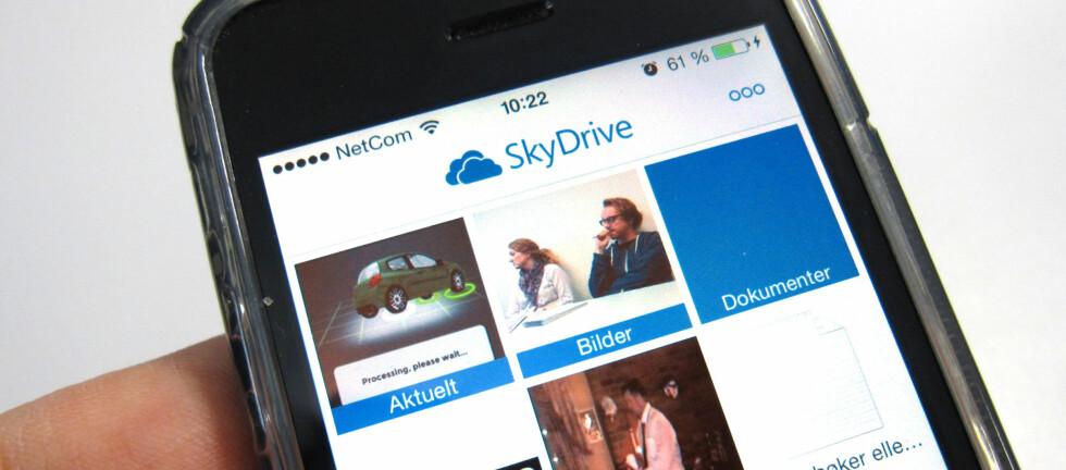 SkyDrive byr nå på automatisk opplasting av bilder og videoer du tar med mobilen til ditt personlige område i nettskyen. Foto: Bjørn Eirik Loftås