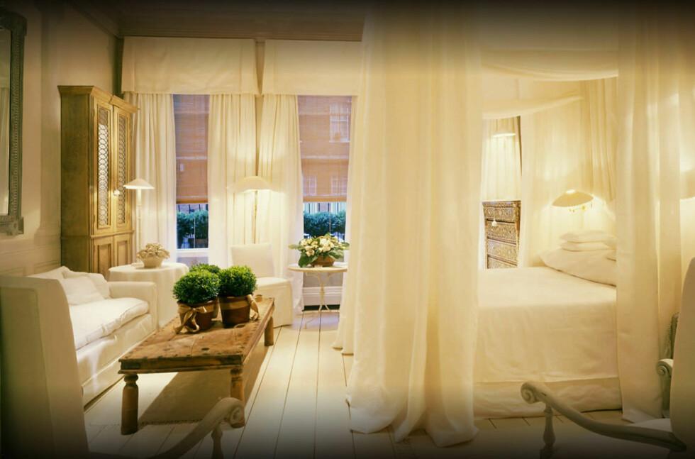 SENSUELT? SEXY? Sannsynligvis begge deler. Dette London-hotellet skal ha det mest sexy hotellrommet i verden ifølge en fersk kåring. Foto: BLAKES HOTEL