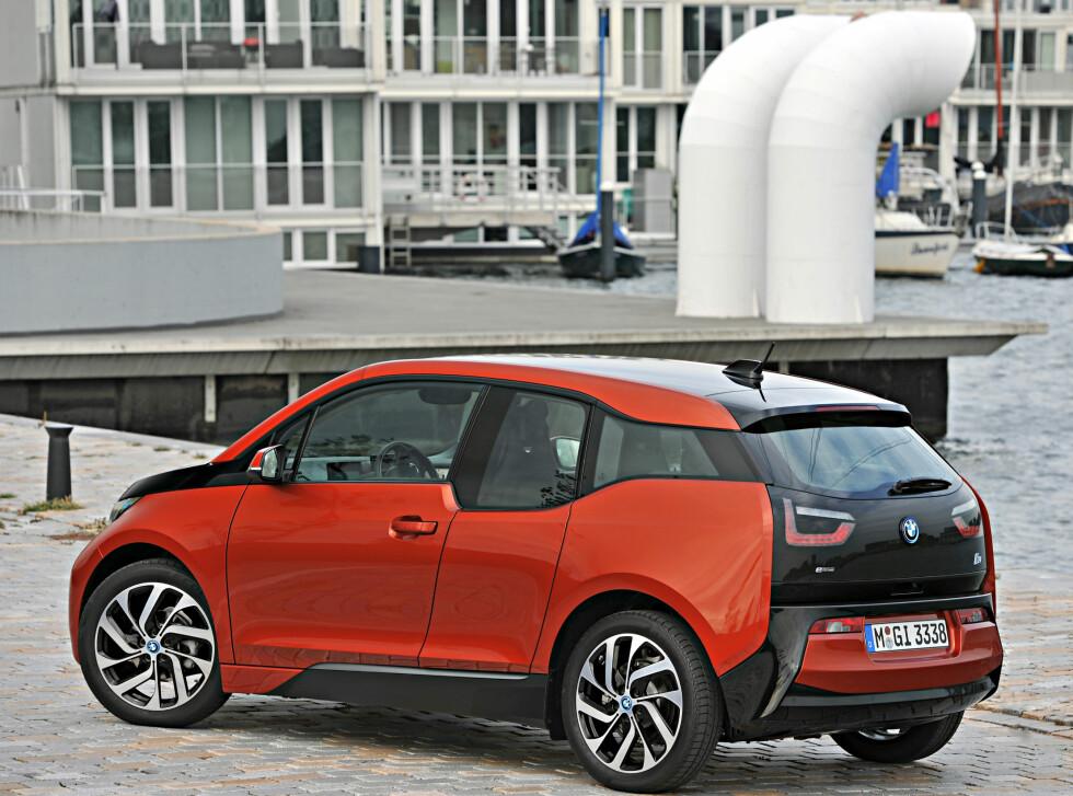 BMW i3 lanseres i Norge 16. november. Det er blant de mest spennende bilene vi har kjørt på lenge.  Foto: BMW