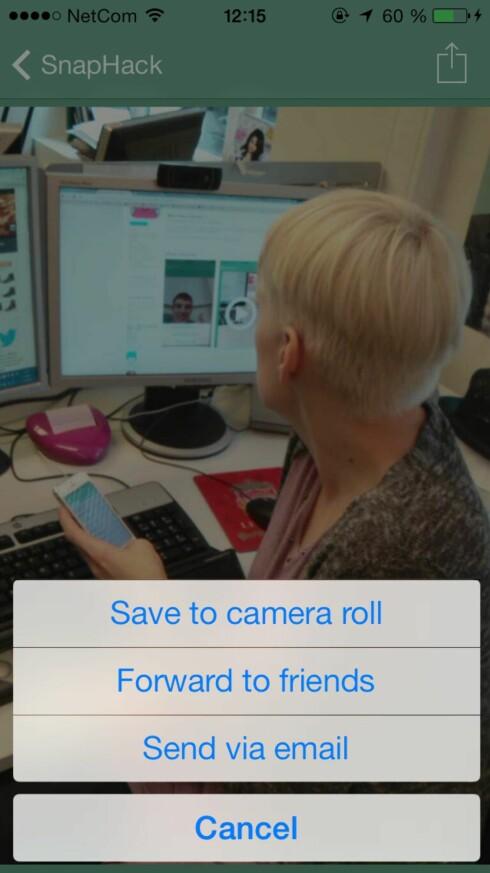 SnapHack-appen lar deg enkelt lagre bilder og videoer som andre sender til deg på SnapChat. Det eneste som kreves er at du åpner meldingen fra selve SnapHack-appen.