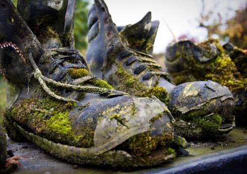 Ok, dette har gått for langt. Se hvordan du kan stelle sko med membran så de holder seg lengst mulig. Foto: Colourbox.com