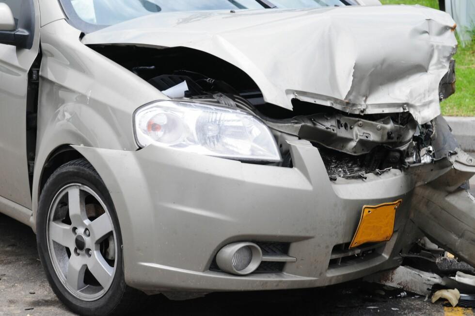 Får du en skade på bilen og trenger leiebil? Sjekk kaskoforsikringen din, før det skjer. Foto: ALL OVER PRESS