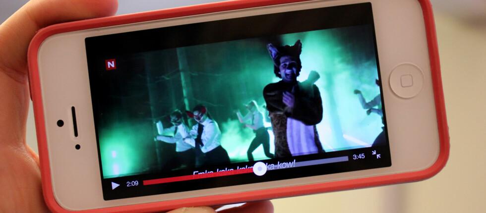 I løpet av året vil det bli enda enklere å se Ylvis-farsotten The Fox med mobilen, selv om du ikke har mobildekning. Foto: Kirsti Østvang