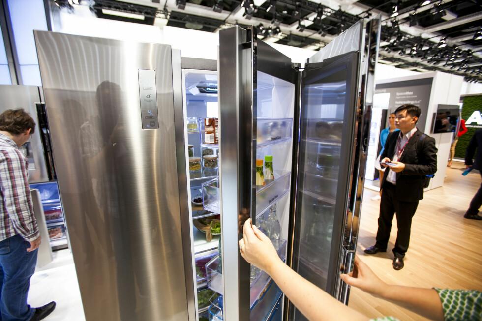 Showcasekjøleskap fra Samsung med dobbeldør ble lansert på IFA-messen i år.  Foto: PER ERVLAND
