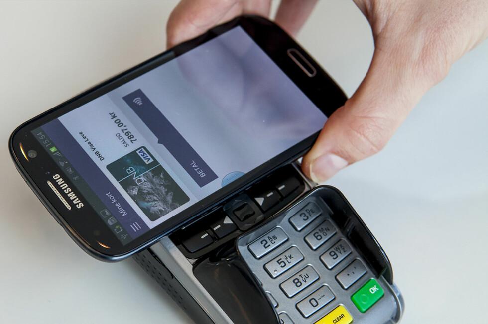 I høst skal betalingsapp-en VALYOU lanseres. Det er DNB- og Telenor-kunder som vil kunne knytte sitt bankkort til betalingsapp-en.  Foto: DNB