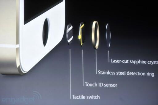 Den nye hjemknappen til iPhone 5S består av fire ulike deler. Sensoren fungerer som et objektiv som tar bilde av fingeravtrykket ditt.  Foto: Engadget