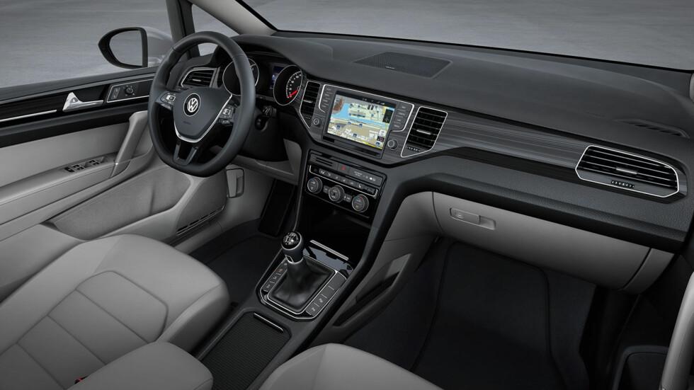 Golf Sportsvan vil være velutstyrt - blant annet med 5-tommers berøringsskjerm som standard. Foto: VW