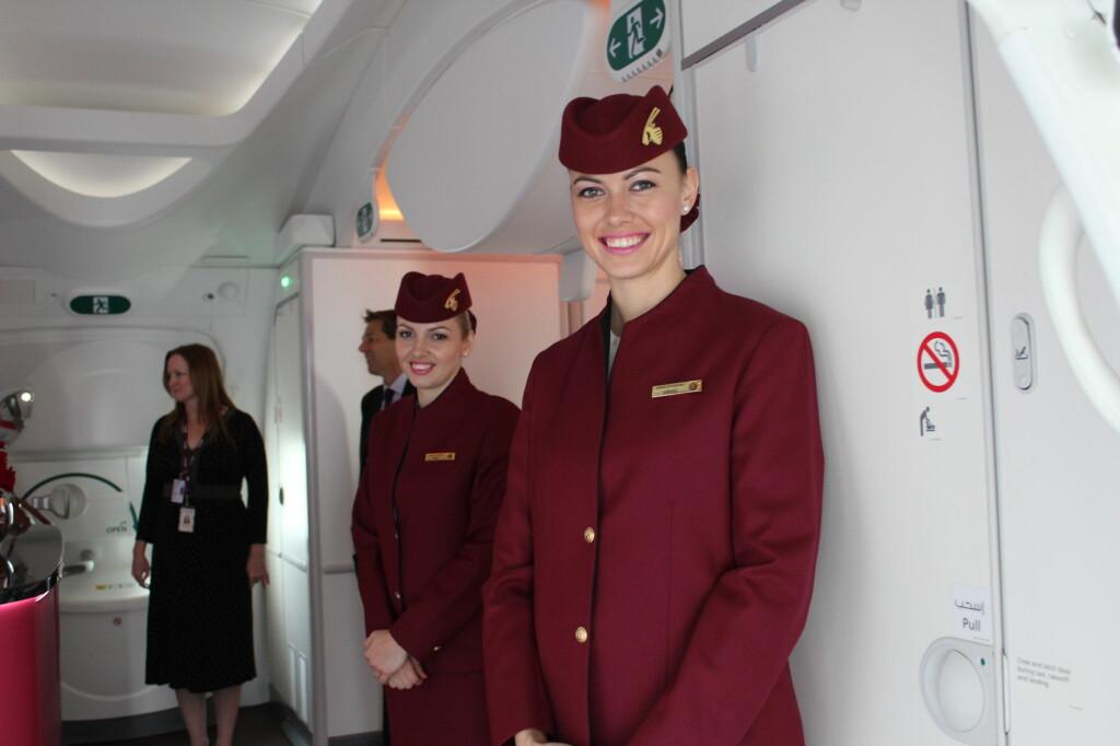 Reiser du med Qatar Airways' Dreamliner, får du gratis champis selv på økonomiklasse. Foto: Kristin Sørdal
