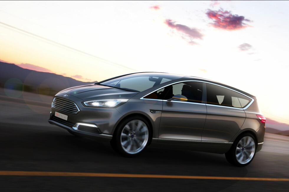 KATTA UT AV SEKKEN: Dette er offisielt Fords neste familiefrakter, inntil videre kalt konseptbil da dette er et unikt eksemplar for å vise frem designen på neste S-Max. Og slik blir den altså. Foto: Ford