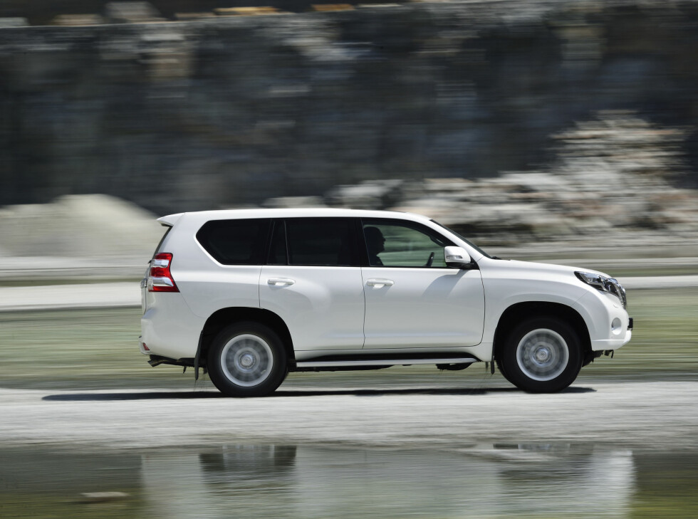 Land Cruiser 150 kommer i forfinet utgave, med mer utstyr og litt endret utseende.  Foto: Toyota