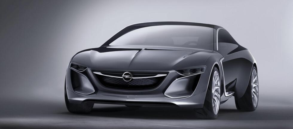 Opel Monza er i denne omgang en konseptbil. Men at Opel vil noe mer enn bare å vise en show-bil, er ganske sikkert. Foto: Opel