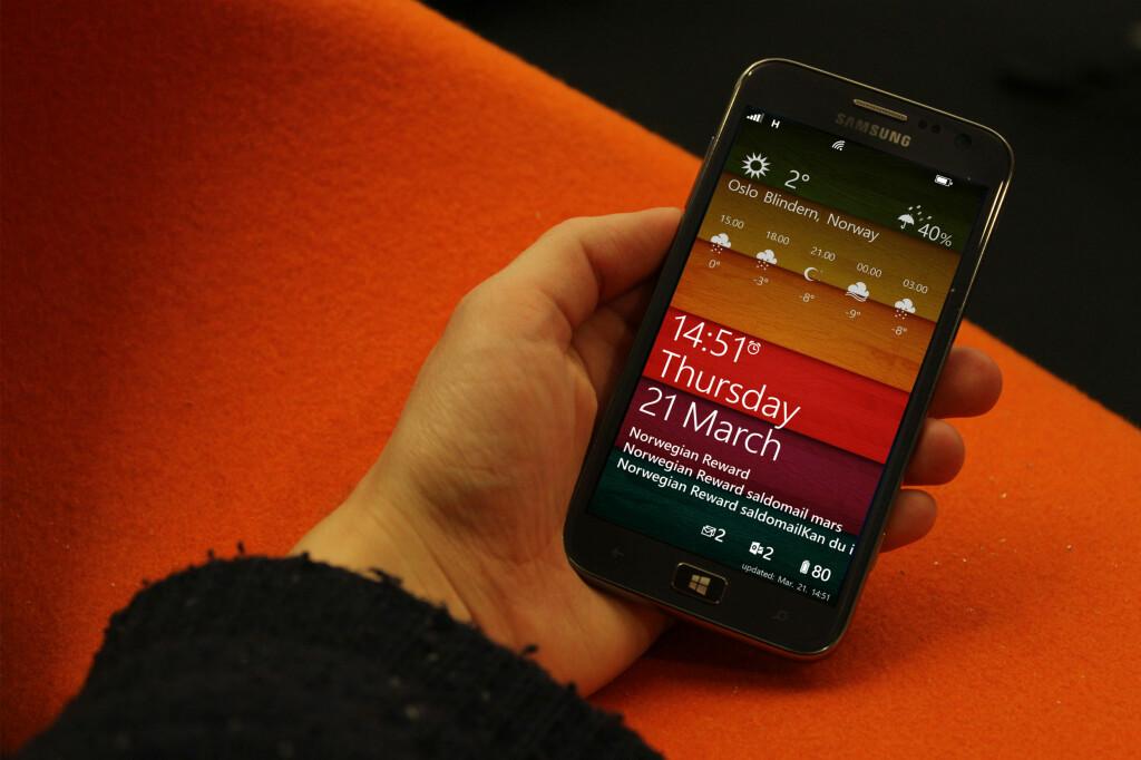FINT: Windows Phone er lekkert og annerledes. Men det er slettes ikke bare annerledes på positive måter.  Foto: Ole Petter Baugerød Stokke
