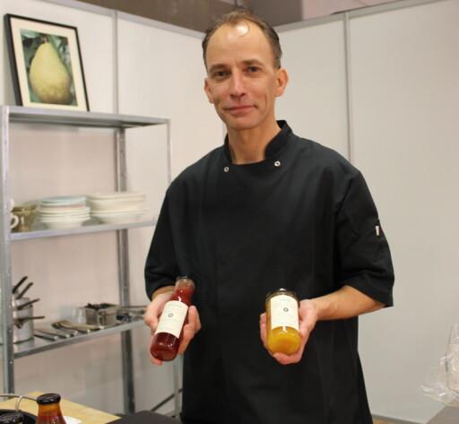 Anders Porsmose-Larsen i Nordisk Køkken legger både søtt og salt på glass, helt uten kunstige tilsetningsstoffer.  Foto: ELISABETH DALSEG