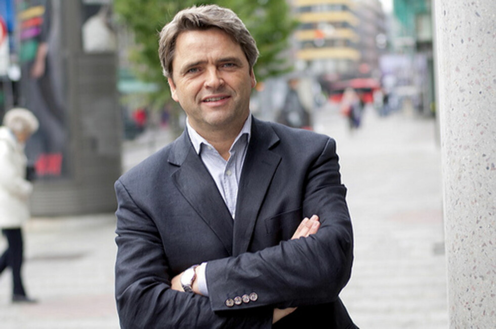 Magne Gundersen er forbrukerøkonom i SpareBank 1 og programleder i TV3-programmet Luksusfellen. Han advarer studenter mot overdreven pengebruk. Foto: SpareBank 1