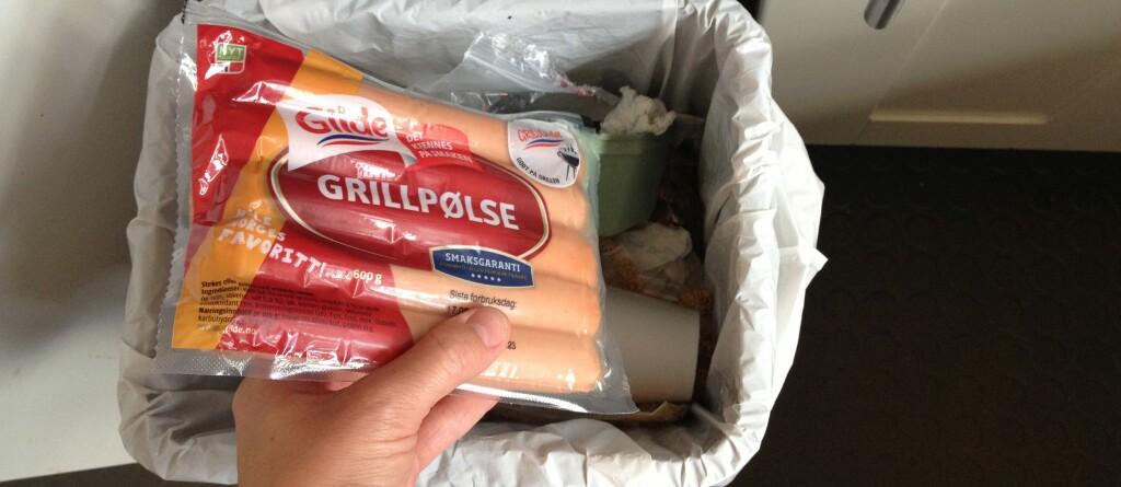 <B>KAN FORTSATT SPISES:</B> Er du blant dem som lar mye mat gå i søppelkassen på grunn av utgått dato? Husk at varer merket best før kan være fullt brukbare etter at datoen er passert. Foto: Tuva Moflag