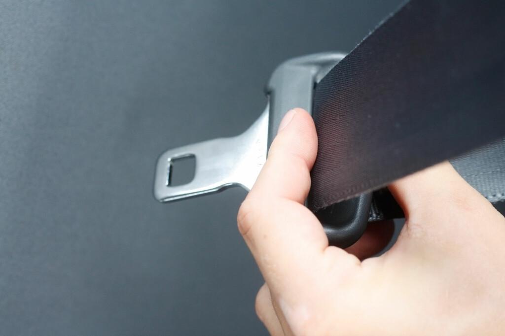 Med de nye endringene i bruksforskriften for kjøretøy blir det ikke lenger lov å ha med flere passasjerer enn kjøretøyet er registrert for, uavhengig om det er montert setebelte eller ikke. Foto: Colourbox.com