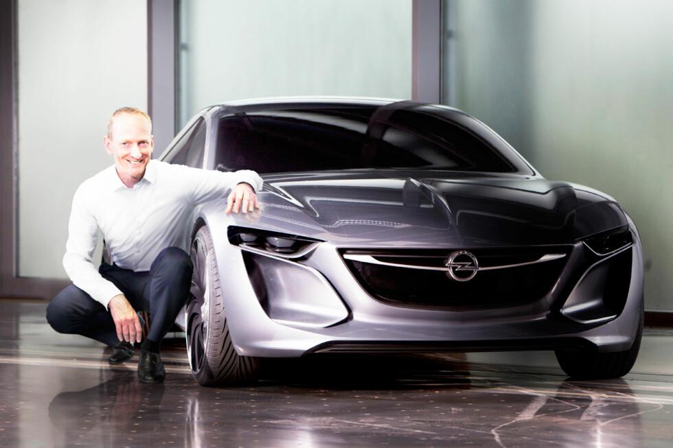 Dette er konseptbilen Opel Monza Concept, som skal vises i Frankfurt til høsten. Den forteller oss at Opel vil fortsette å spisse sitt dynamiske designspråk og plassere seg høyere i markedet. Foto: Opel