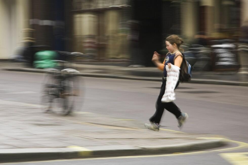 UFORUTSIGBARE: Barn oppfører seg annerledes i trafikken enn voksne. Det er det mange som glemmer.  Foto: PantherMedia / Ingram  Vitantonio  Cicorella