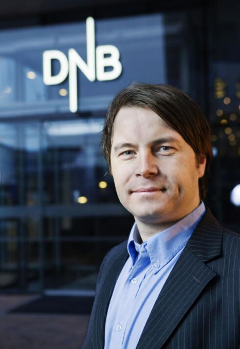 ORDNET OPP, NESTEN: Kommunikasjonsrådgiver Vidar Korsberg Dalsbø i DNB bekrefter at de har gitt pengene tilbake, men uten renter.  Foto: DNB