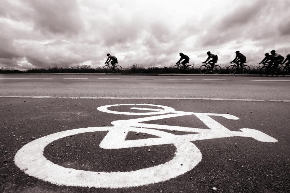 MEST IRRITASJON: Treningssyklister skaper mye aggresjon irritasjon blant bilister.  Foto: Colourbox.com