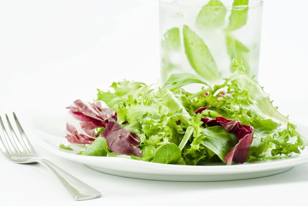Frisk salat er supert tilbehør til middagen, men den må være knasende sprø og fersk! Foto: Panthermedia