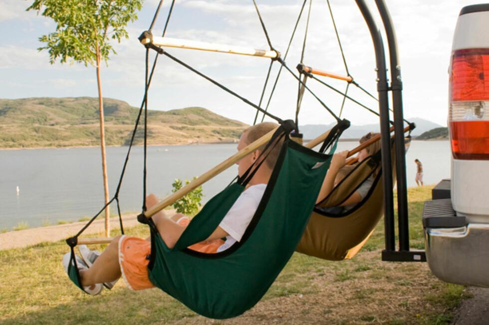LYKKE: Tenk å sitte og fiske i en sånn?  Foto: Produsent