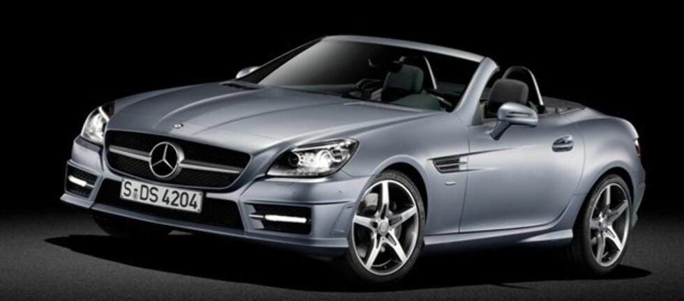 SLK er en av bilene du kan få med en semimatt farge fra Mercedes-Benz. Foto: Mercedes-Benz