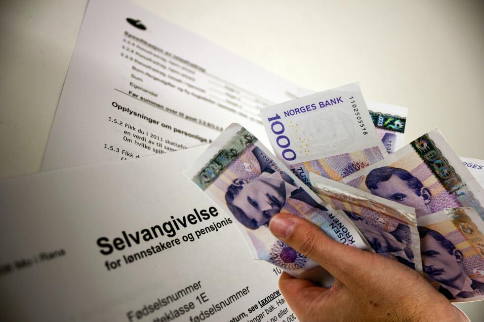 Er du blant de 753.330 nordmenn som må betale restskatt? Da bør du betale innen 31. mai, så slipper du å betale renter på beløpet.  Foto: PER ERVLAND / BERIT B. NJARGA