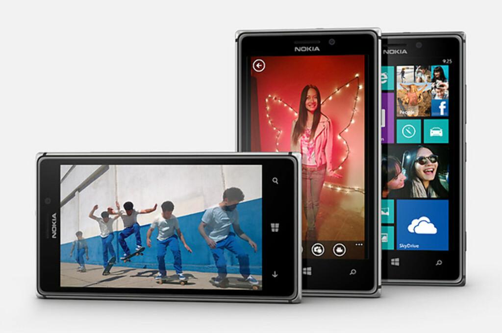 IKKE FARGERIK: Nokia Lumia 925 har gått bort fra de sterke fargene til Lumia 920. Nå er det metall som gjelder.  Foto: Nokia