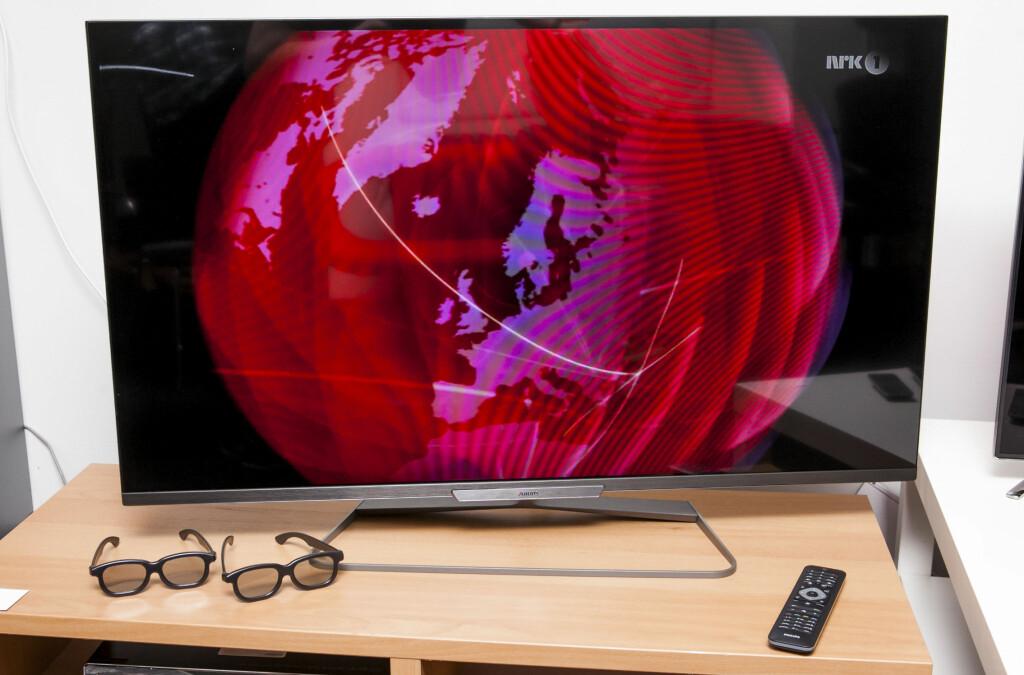 Med rammeløst design, ny TV-fot og passiv 3D er det ikke mye å klage over. Foto: Per Ervland