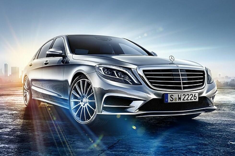 Det spekuleres i om de gjør det med vilje. Uansett: For N-te gang lekker bildet av en ny Mercedes.modell ut på nettet før tiden. Og denne gang er det selveste S-klasse det dreier seg om. Så langt hadde vi bare fått se interiøret!