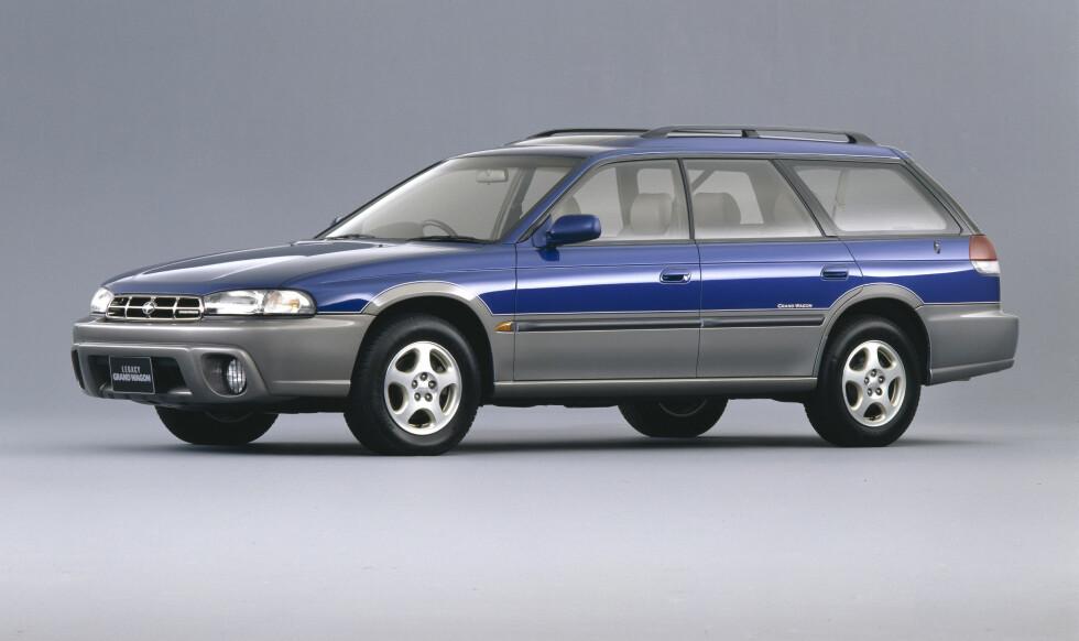 De fleste enes om at det var Subaru som innførte crossover-begrepet i bilindustrien. Men dette var faktisk med denne første Outback (Legacy Outback, var det fulle navnet) fra 1995, og ikke Forester - som først kom i 1997. Foto: Subaru
