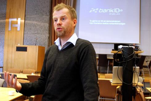 DØDSENGEL: Drift- og utviklingssjef Frode B. Nilsen sørger for at Java snart kan dø i Norge. BankID er for mange den eneste grunnen til at man har installert programvaren.  Foto: Ole Petter Baugerød Stokke