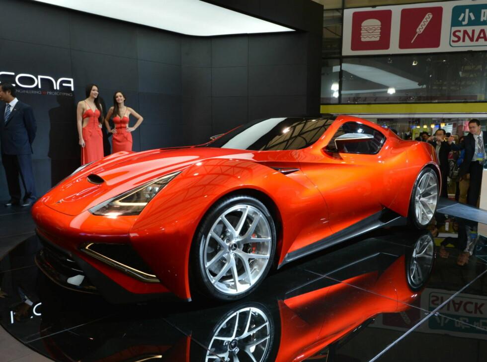 Vulcano har smekre linjer, som kan minne om en del andre biler, fra Opel GT til enkelte modeller fra Ferrari.  Foto: Icona