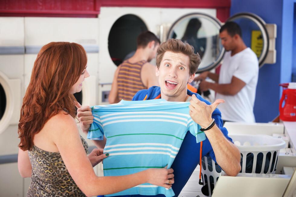 PRØV DETTE: Har t-skjorten krympet i vask, kan du prøve å redde den med balsamtrikset.  Foto: PantherMedia / Scott Griessel