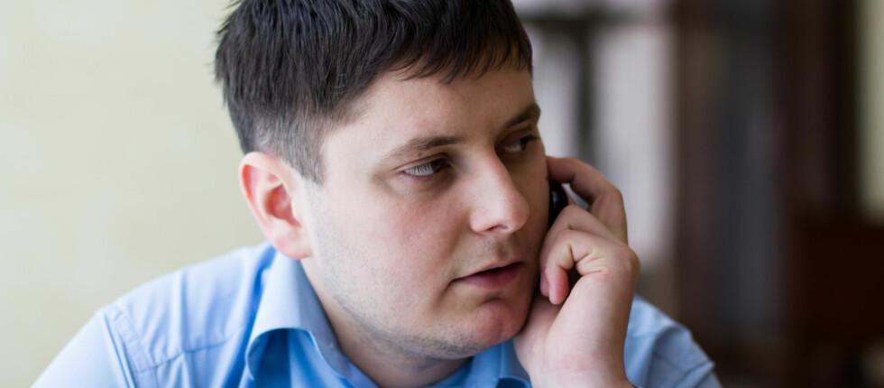 Telefonen til rekrutteringsansvarlig kan bety vinn eller forsvinn når du er på jakt etter ny jobb. Lag en liste over relevante spørsmål som ikke allerede er besvart i utlysningsteksten. Foto: Colourbox.com