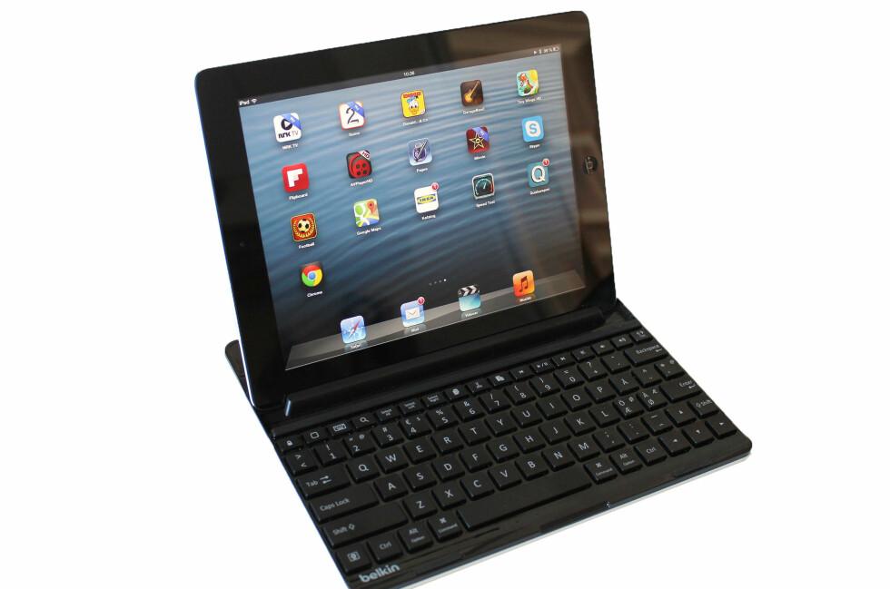 Med Belkins nye tastatur blir iPaden nesten som en bærbar PC. Foto: Bjørn Eirik Loftås
