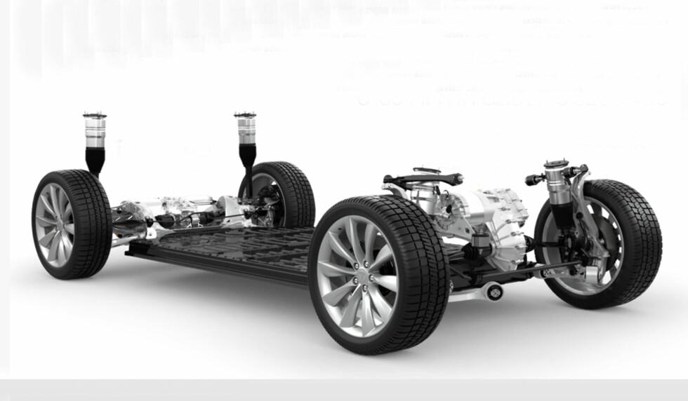 Bilen er bygget på samme lest som Tesla S, og tyngdepunktet er holdt svært lavt. Foto: Produsenten