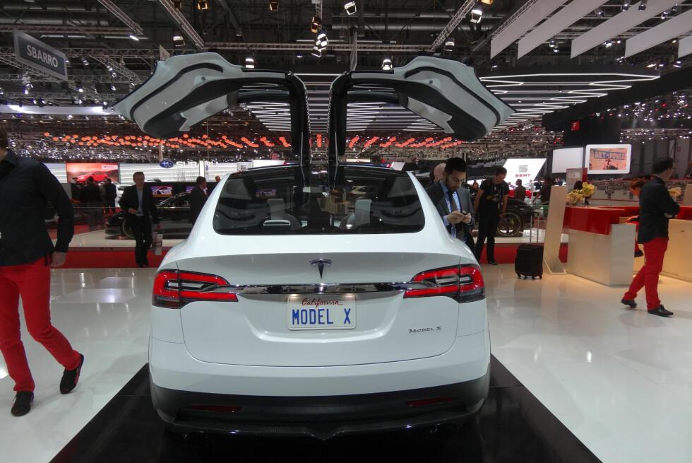 Mange venter i spenning på Tesla Model X. Nå drar ventetiden ut en tid til.                                  Foto: Fred Magne Skillebæk