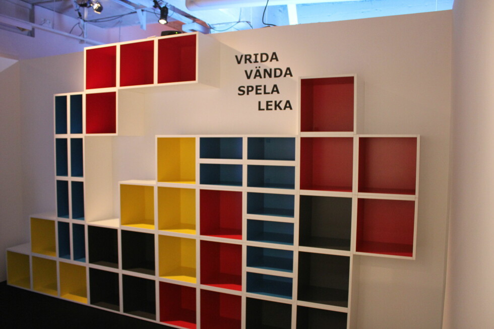 Du får også moduler med farge på innsiden, som kan bygges inn i kjøkkenet. Foto: Elisabeth Dalseg