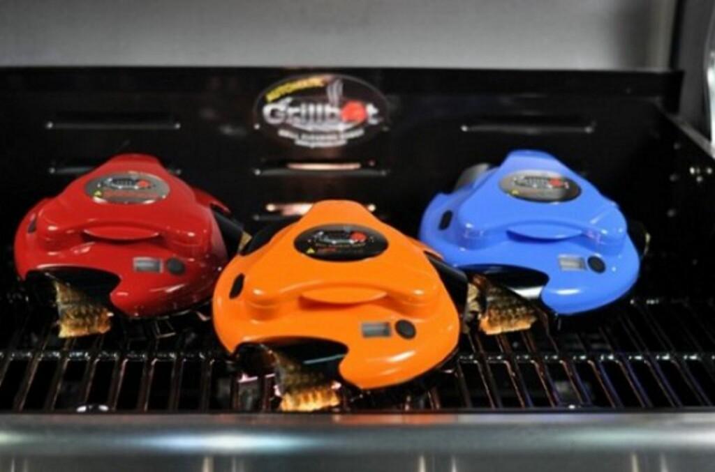 Grillbot Premium kommer i tre ulike farger, i tillegg har du en litt mer anonym basisversjon. Foto: Bilde fra produktvideo