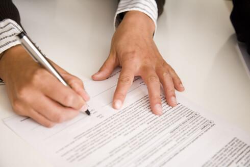 Glem heller ikke å be om kontrakt med håndverkerne, så er du sikret om det skulle oppstå tvist. Foto: Berit B. Njarga
