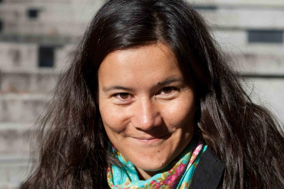Ikke rart Irina Lee smiler lurt. Hun anslår at hun sparer opp mot 100.000 kroner på to år uten shopping.  Foto: Maya Lee