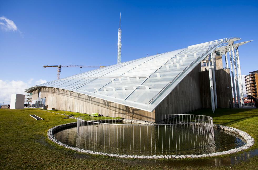 Tjuvholmen er ifølge New York Times ett av Oslos store, nye trekkplastre. Mye på grunn av dette byggverket, og det som skjer rundt. Foto: Per Ervland