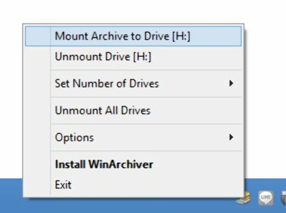 Programmet legger seg som et lite ikon i systemmenylinjen. Høyreklikk, og du kan velge hvilke filer du vil montere eller avmontere. Enkelt og greit.