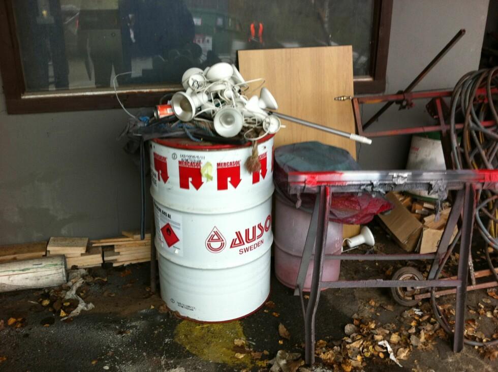 Elektrisk og elektronisk avfall. Dette kan også inneholde miljøskadelige stoffer. Foto: Fylkesmannen i Østfold/Klif